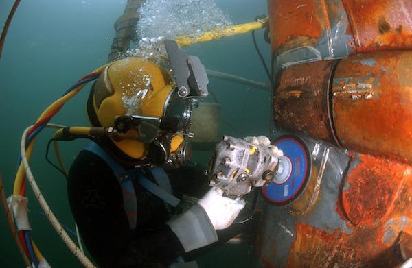 welder prepping a job underwater